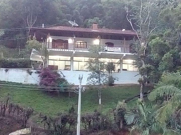 Casa Santo Antônio do Pinhal,são Gotardo