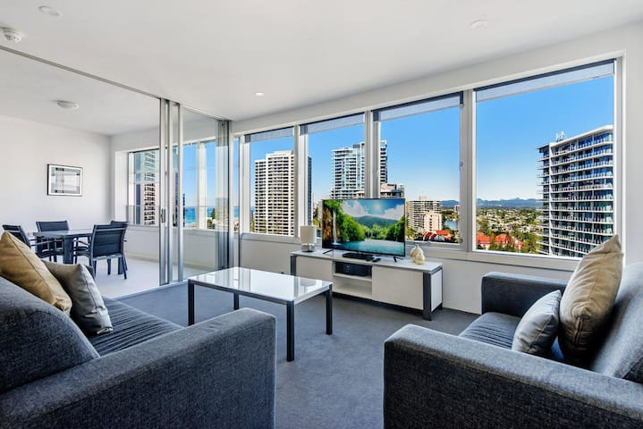 Iconic Q Surfers Paradise 1 Bedroom