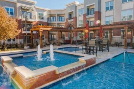 {New Fully Furnished Luxury Condo} - Plano