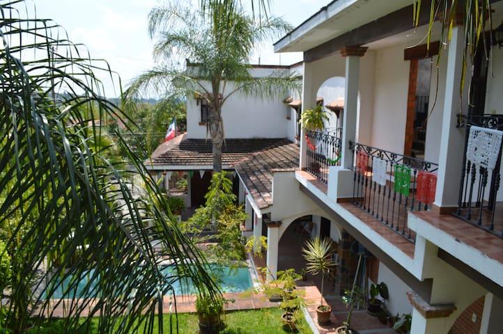 Habitación Oaxtepec, Morelos