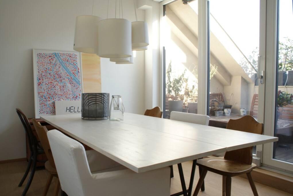 dining room & balkony
