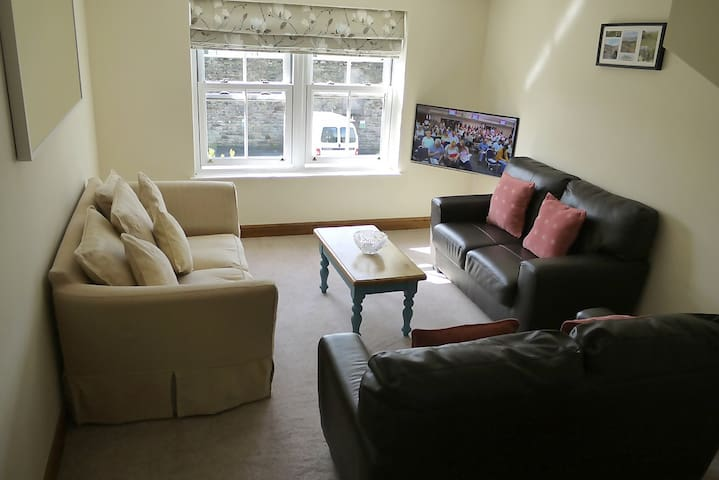 Apartment 9 (2 bdrms with 8 beds sleeping 10 max) - Sedbergh - Apartemen