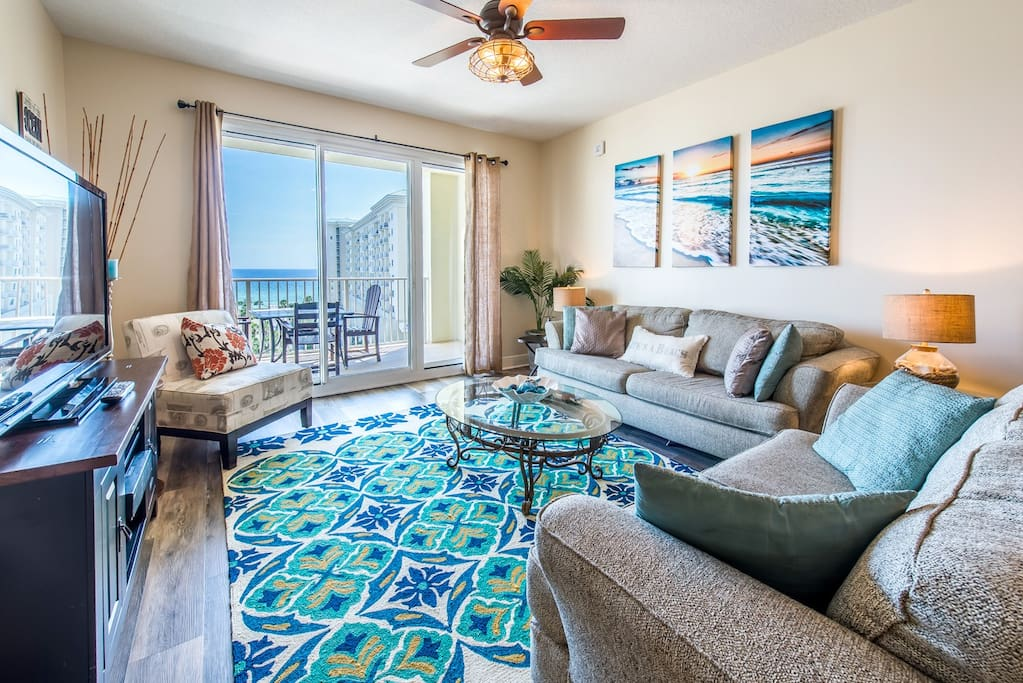 Georgous decor in this open concept w/a view
