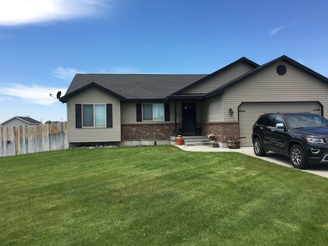 House in line with the Solar Eclipse