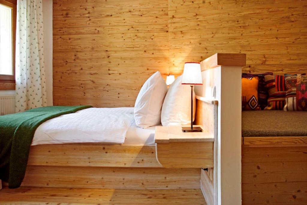 Schlafzimmer mit Lese / TV Ecke