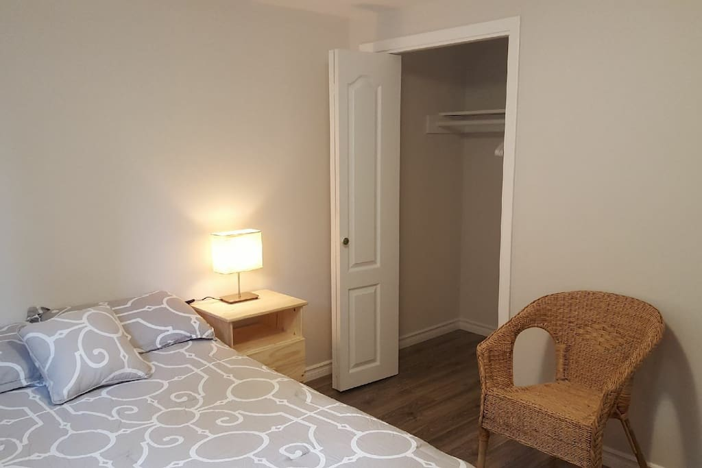Bedroom for rent chambre louer houses for rent in for Chambre a louer gatineau hull