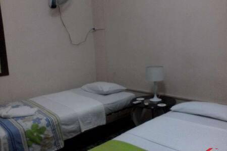 Don Carlos: renta de habitaciones - Pis