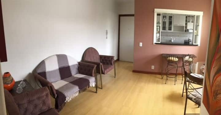 Apartamento completo, confortável, zona norte POA