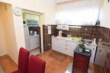 Comfortable & cozy apartment - KOLOVARE BEACH