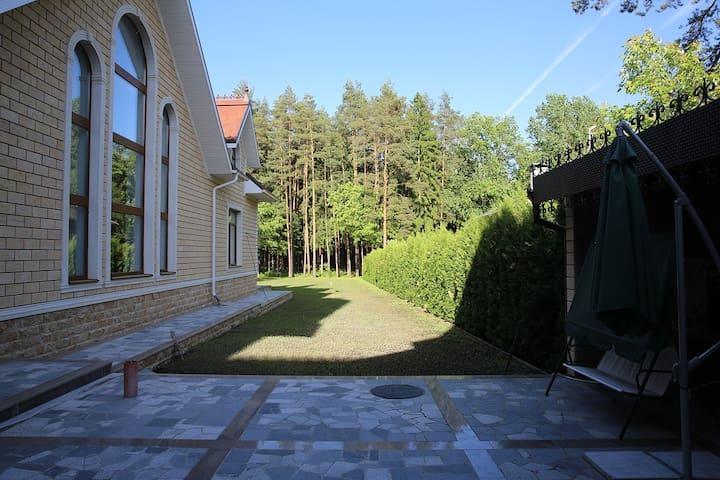 Гостевой дом в резиденции на лоне природы