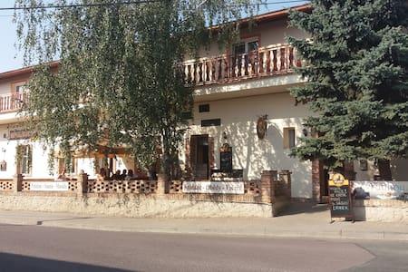 Útulné ubytování v srdci jižní Moravy - Vrbovec - Muu