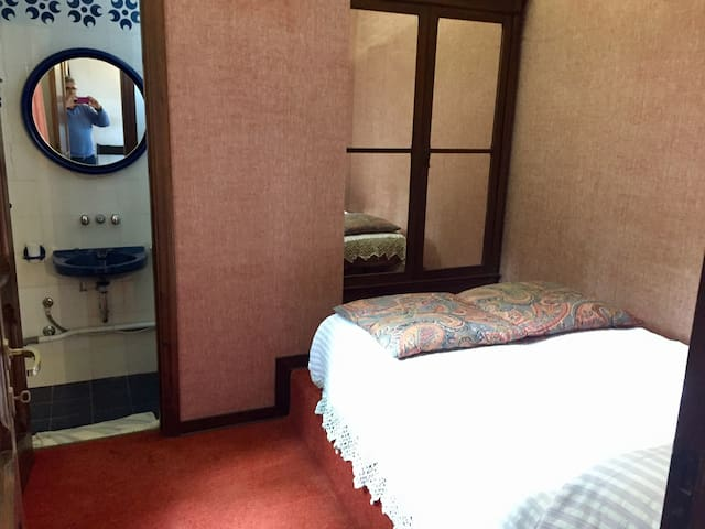 Chambre double + sdd privée Ancona Riviera Conero