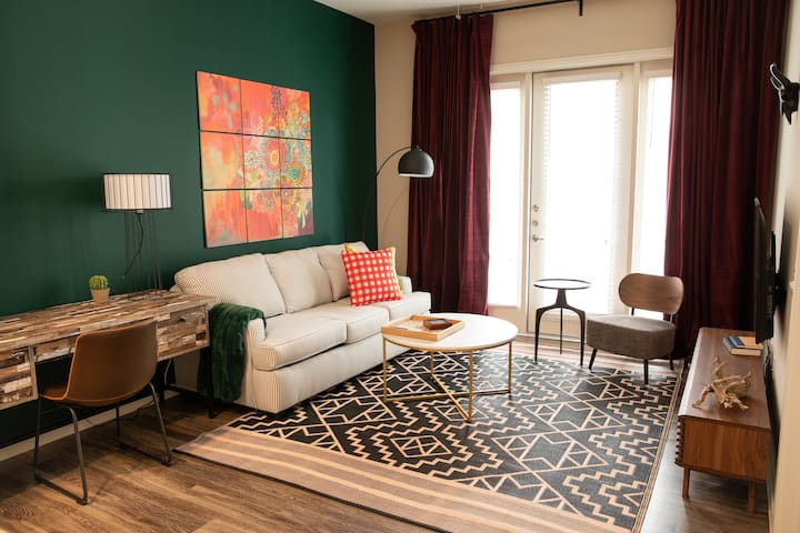 Stylish 1BR near Barton Creek #2534 by WanderJaunt