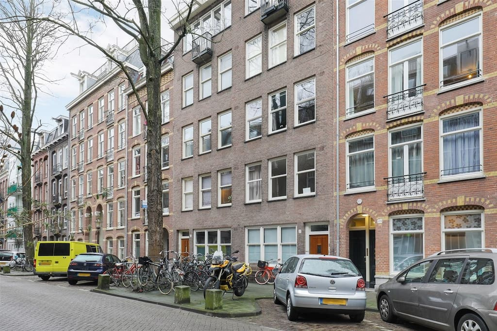 Apartment next to sarphatipark appartamenti in affitto a for Appartamenti in centro amsterdam