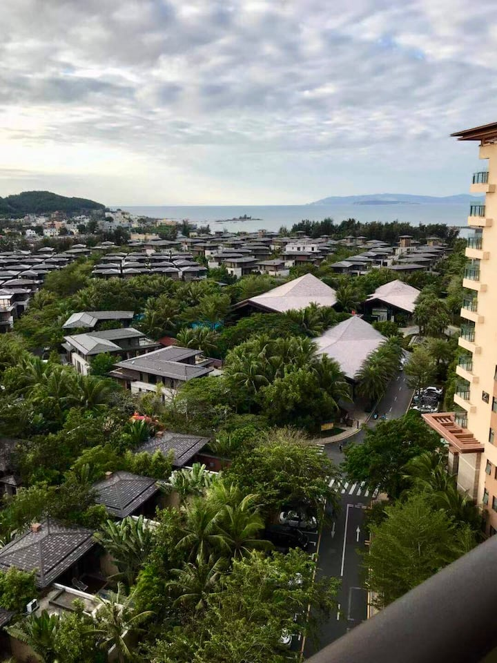 开车去夏天!拥有私人海滩适合亲子的大两居,位于海棠福湾一号