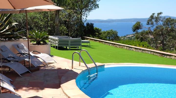 Villa vue mer Les Issambres heated saltwater pool