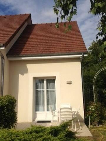 Chambre privée proche centre-ville de Troyes