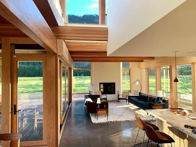 Luxury Designer Home in Beautiful Pemberton Valley