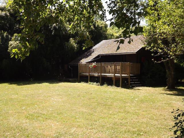 Le chalet - Nevy-lès-Dole - Xalet