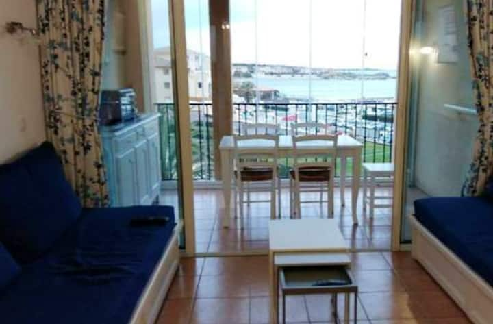 Apartment with one bedroom in Six-Fours-les-Plages, with wonderful sea view, shared pool, furnished terrace