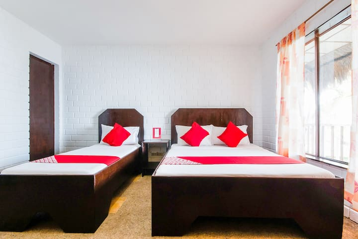 Suite Triple Stay@Ermi Beach Resort