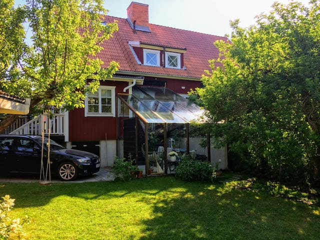 Nice house close to Stockholm City