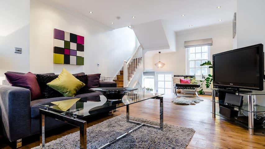 Stylish 3 Bed 2.5 Bath House in Kings Cross - Londyn - Dom