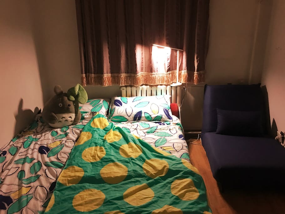 床上用品、毛巾、沙发和地毯都是客人专用,为您打造一个温馨的栖息地