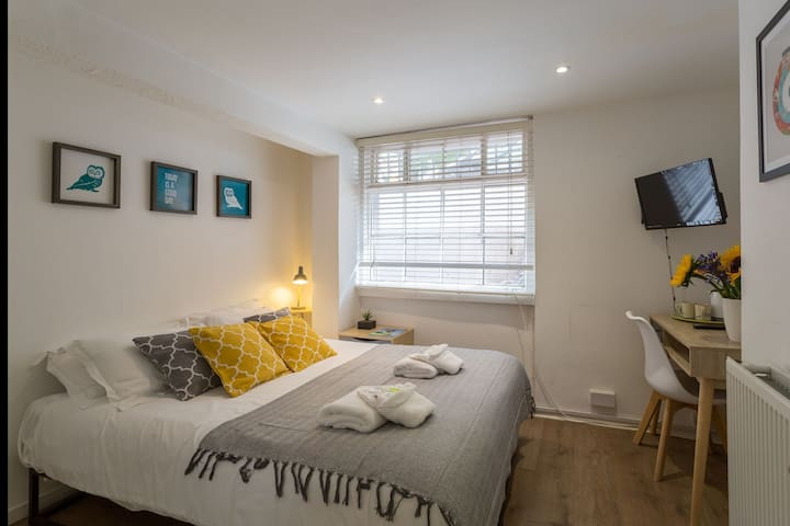 Cosy Little DBL Room Close to Brighton Pier