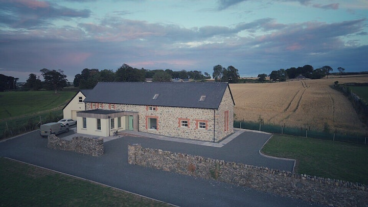 2 Luxurious rooms within Co.Down Barn Conversion.