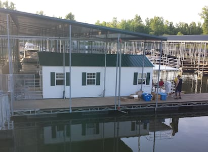Cottage on the Water (Houseboat) - Ashland City - Skáli