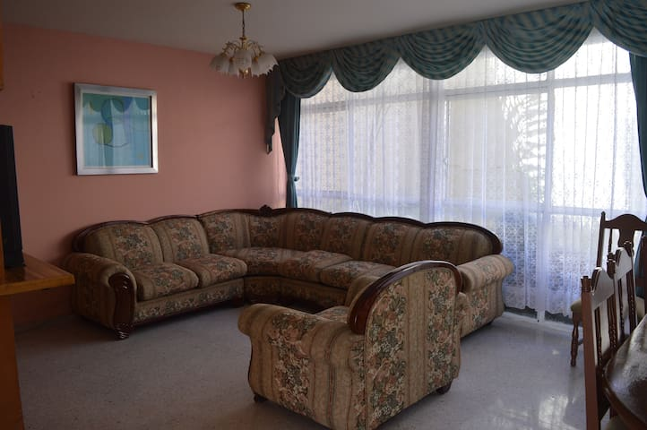 HOUSE OF LOS RIVAS, AMPLE, COMFORTABLE, LOCATED
