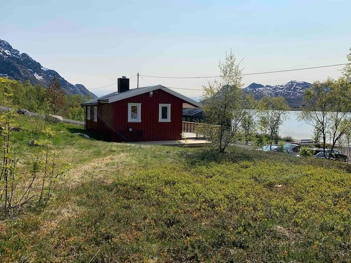 Cozy cabin in Austnesfjorden