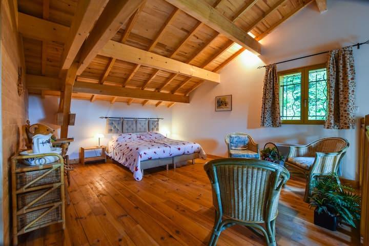Accogliente casa vacanze a Ferrières-sur-Sichon con terrazza