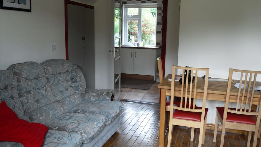Self Catering 3 Bedroom house in Central Ennis - Ennis - House