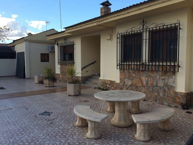 Alquiler Chalet Saucedilla, Monfragüe. - Saucedilla - Faház