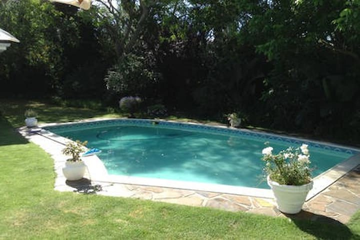 Family home with pool   (Min 7 day booking)