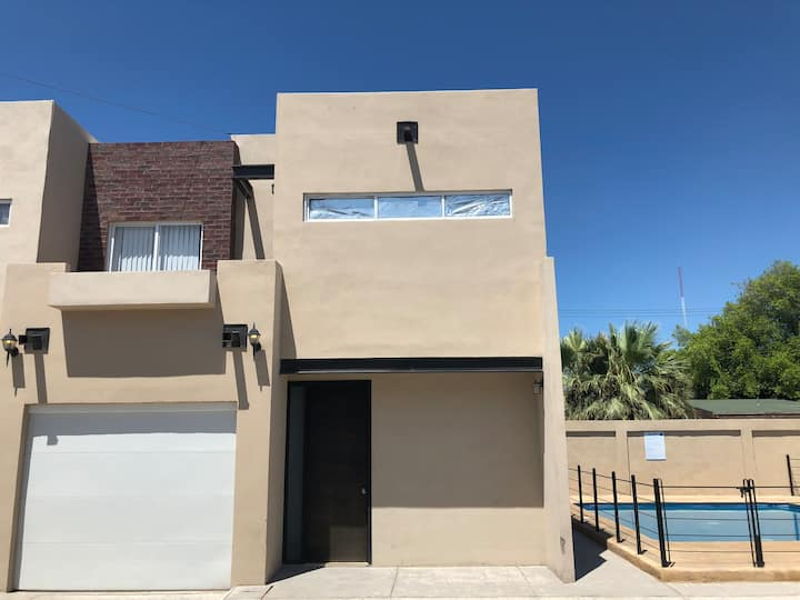 "2Bed House#9 Garage/Pool ""Departamentos Verchiel"""