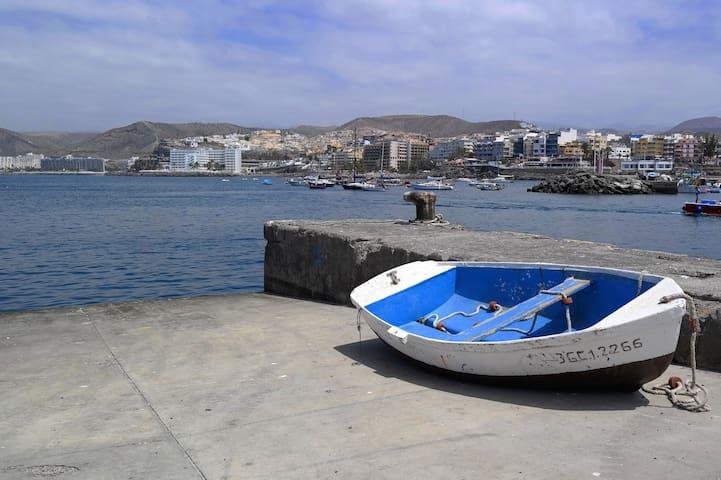 APARTAMENTO Arguineguín en PRIMERA línea de playa