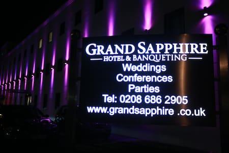 Grand Sapphire hotel - Croydon