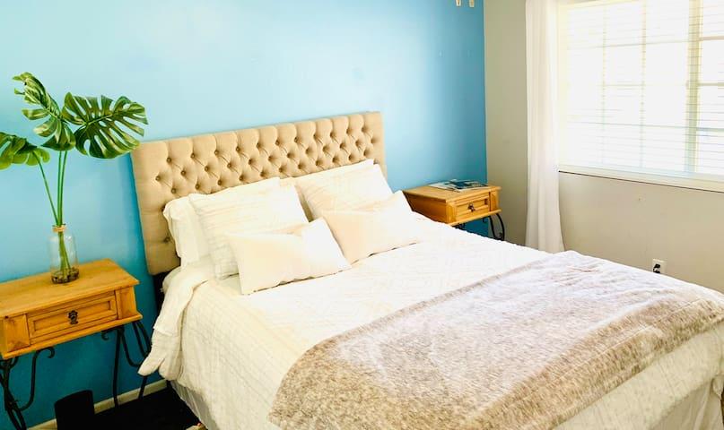 Westlake Village Getaway - Dream Location