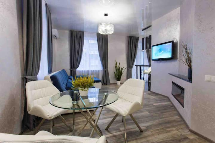 New luxury Apartment Center on Konstitution Square