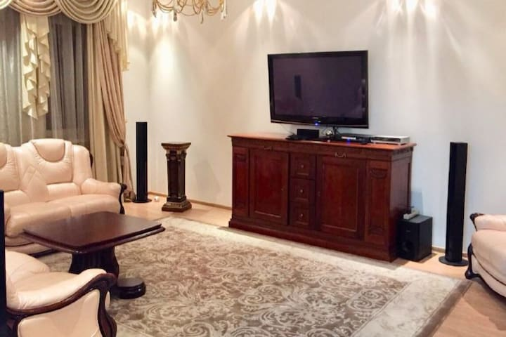 Great Interior 4rooms Apartment(best for family)