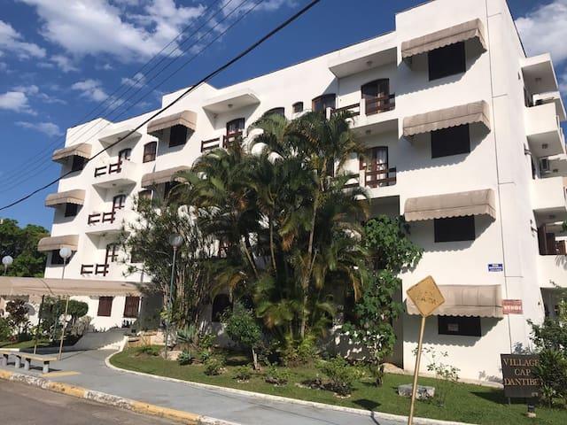 Apartamento em ubatuba próximo a praia e comércios