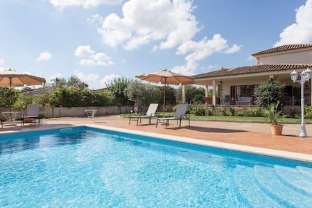 Villa en Palma de Mallorca con piscina - Palma