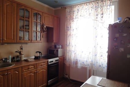 Уютная комната рядом с парками - Pushkin