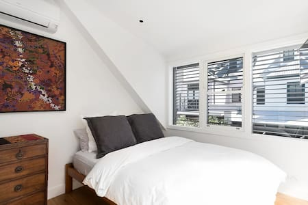 New private bedroom with bathroom in Surry Hills