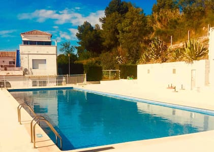 Spanish family Villa with garden and communal pool