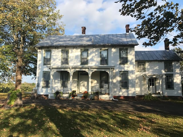 The Orchard House on Blue Hill Road - Two Bedrooms