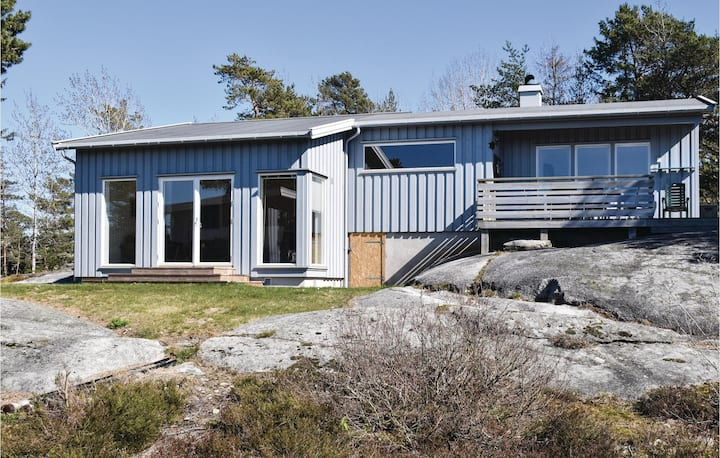 Awesome home in Sandefjord with 3 Bedrooms